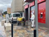 Seis equipos con 12 operarios fumigarán a partir de mañana las zonas cercanas a establecimientos abiertos en todo el municipio de San Javier