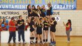 Las féminas del Club de Voleibol Al-kazar se proclaman campeonas regionales