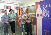La Alcaldesa y el director general de Juventud presentan el programa regional 'Club de idiomas' que facilita la obtención del certificado de inglés B1
