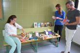 La Escuela Oficial de Idiomas dona libres en inglés y francés a la biblioteca