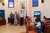 Alumnos del IES Alcántara presentan en el Ayuntamiento el Proyecto 'Alcantarilla Ciudad Educadora'