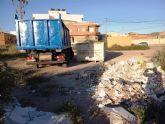 Realizan trabajos de limpieza integral en diferentes espacios y vertederos incontrolados de la periferia, situados en los barrios de Triptolemos y San José, respectivamente