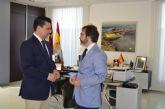 El Mar Menor y las infraestructuras centraron la reunión del consejero de Fomento, Pedro Rivera con el Alcalde en su visita de trabajo a San Javier