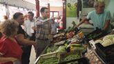 Teodoro García visita el mercado de abastos de Alcantarilla