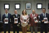 Valentín Guillén presentó su libro 'La práctica del cacheo en el Sistema Constitucional Español'