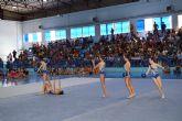 Más de un centenar de gimnastas participan en la exhibición de fin de curso de las escuelas locales