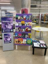 Las bibliotecas de Murcia y Cartagena se suman a Accem para celebrar el Día de la Persona Refugiada