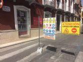 Se corta al tráfico rodado de vehículos la calle Juan XXIII a consecuencia del comienzo de las obras de acondicionamiento de las aceras en esta vía urbana