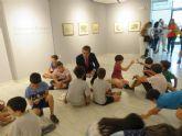 Una treintena de niños participan en el taller 'Un viaje con Ramón Gaya sobre la arquitectura y el color'