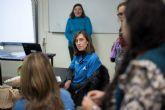 """Voluntarios de """"la Caixa"""" en Murcia ofrecen talleres de educación financiera a más de 400 personas en situación de vulnerabilidad"""