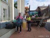 El alcalde de Pliego, Antonio Huescar entrega en San Javier las donaciones recogidas en su municipio para los afectados por las inundaciones