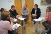 El Ayuntamiento de Alhama de Murcia se interesa por el funcionamiento del Centro Especial de Empleo de Totana (CEDETO)