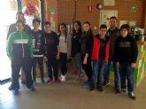 Los corresponsales juveniles torreños se informan con el coordinador regional del programa