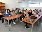 Un total de 25 personas participan en el 'Curso de Formación para la Atención a Personas Dependientes