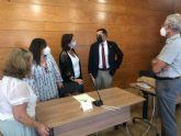 El Ayuntamiento trabajará de la mano de Asociación de Usuarios de la Sanidad de la Región de Murcia para mejorar los recursos sanitarios en el municipio