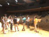 Cammerata cierra la celebración de su décimo aniversario en el Auditorio regional junto al tenor Manuel Gómez Ruiz