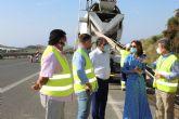 La alcaldesa visita, junto al director general de Carreteras, las obras de mejoras de los puntos de la autovía afectados por la Dana