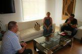El alcalde se reúne con los responsables de las dos Cáritas parroquiales de Totana con el fin de coordinar actuaciones conjuntas