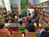 El programa de Animación a la Lectura, organizado por la Biblioteca Municipal Mateo García, ha contado con la participación de 2.240 alumnos