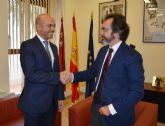 El consejero Pedro Rivera recibe al ministro consejero de Política de la Embajada de Israel en España