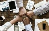 Expertos analizan la revolución digital de las finanzas y su impacto en los consumidores