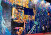 Inaugurado el gigantesco mural de Medina Vera pintado en el exterior del Centro Cultural por Carlos Callizo