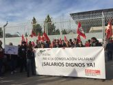 CCOO Enseñanza protesta contra el bloqueo de las negociaciones sobre el salario digno en la Fundación Diagrama