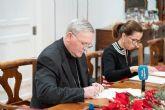 Ayuntamiento y Obispado firman el convenio para la restauración de Santa María de Gracia