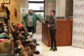 Mari Carmen Morales recibe a escolares en el Ayuntamiento con motivo Día Universal de la Infancia