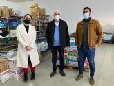 Camina, reto solidario dona 500 euros en leche para Cáritas
