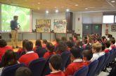 Escolares del colegio 'Sagrado Corazón' exponen en el Ayuntamiento sus trabajos sobre la Depuradora y el Centro de tecnología agraria
