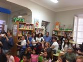 Se hacen entrega los premios del III Concurso Literario Morerica Gal�n con motivo del D�a del Libro