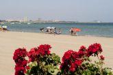 Los vecinos se mantienen firmes en su defensa del Mar Menor con una nueva concentración a la que asiste el alcalde