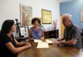 El Ayuntamiento de Puerto Lumbreras y el Grupo Coros y Danzas 'Virgen del Rosario' firman un convenio de colaboración