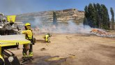 Incendio de restos de plantas aromáticas en Zaén de Arriba