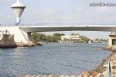El puente del Estacio permanece cerrado a embarcaciones por avería