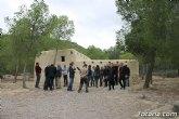 El alcalde acompaña a senadores murcianos a visitar el yacimiento aqueológico de La Bastida