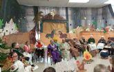 Los mayores del Centro de Día representan un Belén Viviente