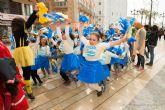 Pequeños y mayores celebran el carnaval este viernes