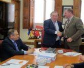 El Ayuntamiento acuerda suscribir un convenio con la Universidad de Murcia
