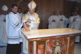 El Obispo consagra la capilla del nuevo Seminario Menor de San José