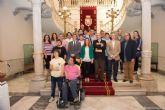 Restaurantes, hoteles y empresas de ocio ofertan productos y servicios para colaborar con personas con discapacidad intelectual