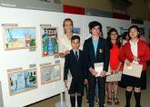 La alhameña Laura Paz recibe el 2� premio del Concurso de Pintura de Patrimonio Nacional de manos de la infanta Elena