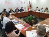 El PSOE registra en la Asamblea las primeras diez iniciativas para abordar los desafíos más urgentes que tiene la Región