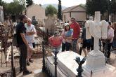 Las visitas guiadas a los cementerios de Mazarr�n regresan este verano  al son de la m�sica