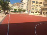El Ayuntamiento mejora las instalaciones deportivas de los colegios Nuestra Señora de La Paz y María Maroto