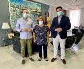 El Ayuntamiento renueva su colaboración con la Rondalla y Coro 'Santiago Apóstol'