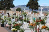 Instan a los usuarios a efectuar sus encargos florales con motivo del Día de Todos los Santos con el fin de evitar visitas y aglomeraciones al cementerio