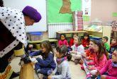 El Cartero Real recorre los colegios de Puerto Lumbreras para recoger las cartas de los niños