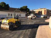El Ayuntamiento destina 40.000 euros al asfaltado de calles del centro urbano, barrios y caminos rurales